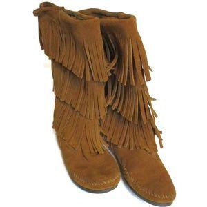Minnetonka Women's Three Layer Fringe Boots 9